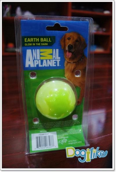 Dogilike.com :: Review : ลูกบอลเรืองแสง Earth Ball