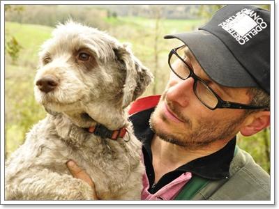 Dogilike.com :: ทำไม!? เมื่อเจ้าของแต่งตัวเปลี่ยนไปน้องหมาถึงจำไม่ได้
