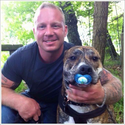 Dogilike.com :: สุดช็อก! เจ้าของฆ่าตัวตายตามสุนัข หลังรู้เป็นสายพันธุ์ห้ามเลี้ยง