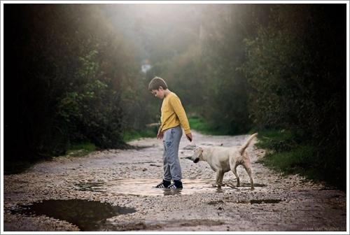 Dogilike.com :: ภาพอบอุ่น! คุณแม่ชาวเซอร์เบียเผยภาพความผูกพันของลูกชายและเจ้าตูบ
