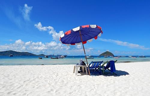 Dogilike.com :: 5 เกาะทั่วไทยเย็นฉ่ำใจ ร้อนนี้ต้องพาน้องหมาไปโดน !