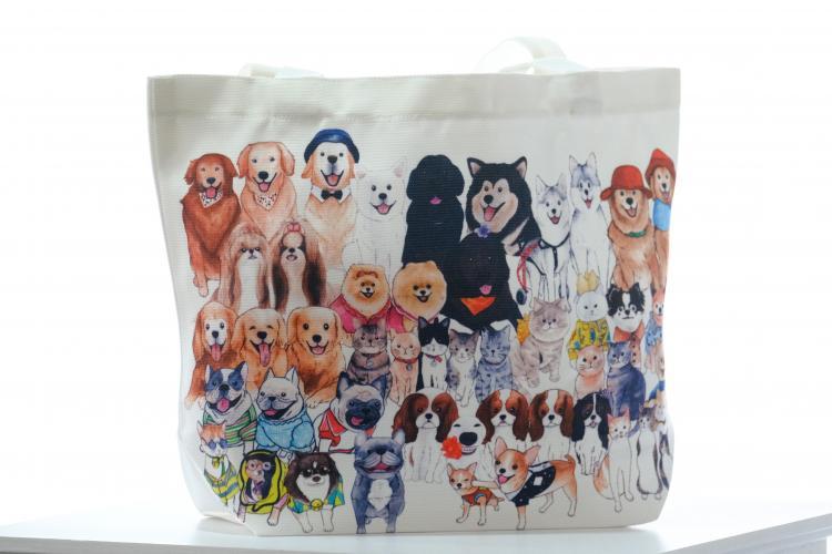 Dogilike.com :: รพส.ทองหล่อ จับมือ 25 เพจน้องหมาน้องแมวชื่อดัง เปิดประมูลถุงผ้า รายได้ช่วยเพื่อนสี่ขาจรจัดกว่า 1,000 ตัว