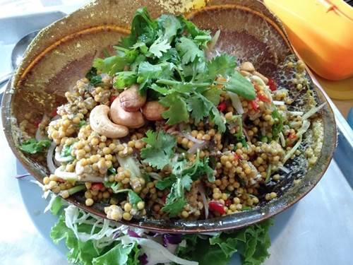 Dogilike.com :: หน้าฝนชุ่มฉ่ำใจที่ จ.สุราษฎร์ธานี กับร้านอาหาร ที่พัก ที่เที่ยวพาตูบเข้าได้ !!
