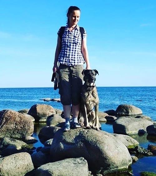 Dogilike.com :: เจ้าของสุดโหดฉีดยาพิษเจ้าตูบก่อนขุดดินฝังทั้งเป็น โชคดีมีคนช่วยทัน!