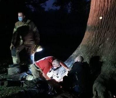 Dogilike.com :: ดับเพลิงอังกฤษช่วยดัชชุนแสนซน หลังติดในโพรงกระต่ายกว่า 4 ชม.