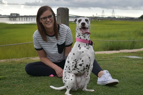 Dogilike.com :: เจ้า Emma Roo ตูบใจแกร่งที่รอดจากขบวนการค้าเนื้อสุนัข!