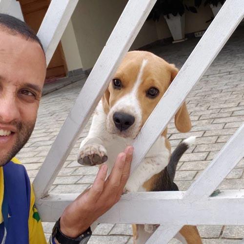 Dogilike.com :: เมื่อบุรษไปรษณีย์กลายเป็นขวัญใจหมาแมว ก็เลยเกิดภาพน่ารักแบบนี้!