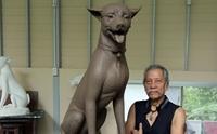 ประติมากรรมสุนัขทรงเลี้ยง ที่ถูกจัดสร้างเป็นพิเศษเพื่อประดับพระเมรุมาศ
