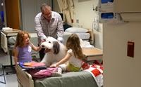 Zammy สุนัขบำบัดตัวโตขวัญใจเด็ก ๆ ที่น่ารักที่สุดในโลก !