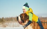 7 สายพันธุ์สุนัขพี่เลี้ยงเพื่อนที่เหมาะสำหรับเด็กๆ วัยซน
