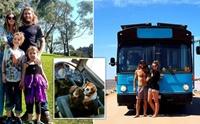 ครอบครัวออสซี่ขายบ้าน ออกเดินทางทำตามฝันพร้อม 2 ตูบ!